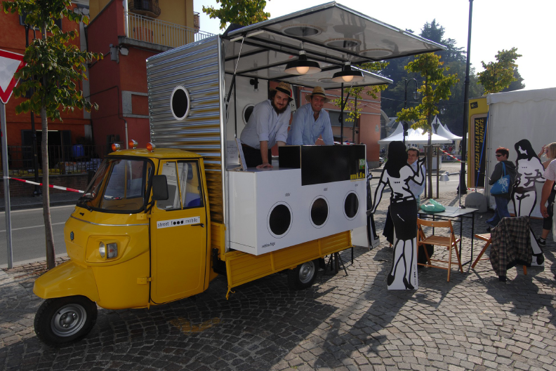 Progetto 0 prototipo street food mobile for Mobil shop srl
