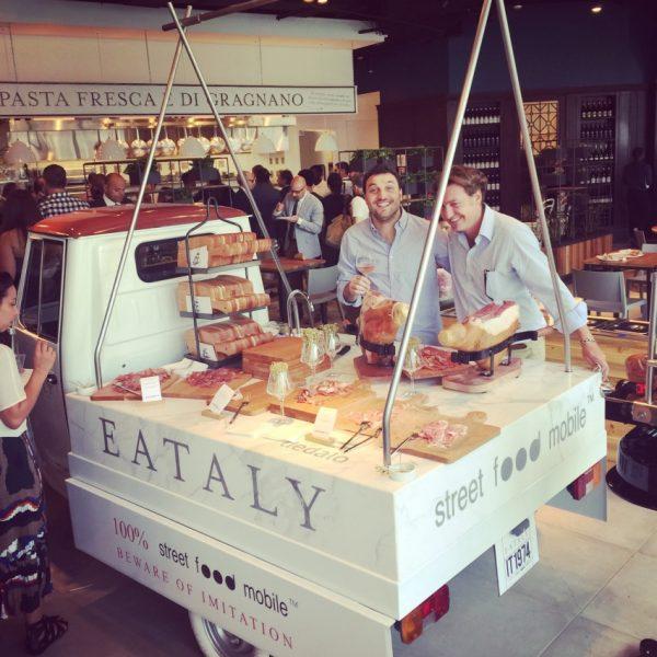 Pop up street food mobile for Mobil shop srl